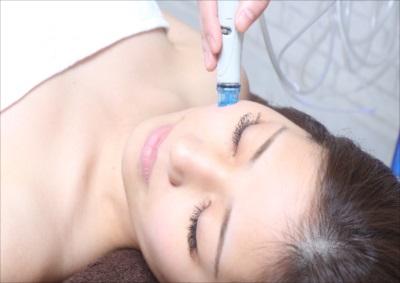 神戸でメディカルエステ・美容皮膚科のご相談なら【フォーシーズンズ美容皮膚科/美容外科】~しみ・毛穴の悩み~